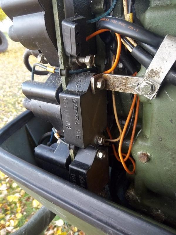 Kondensatorblock beim VOLVO Penta VP450 reparieren - boote-forum.de ...