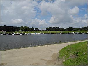 Klicken Sie auf die Grafik für eine größere Ansicht  Name:Hafen Venlo2.jpg Hits:154 Größe:199,1 KB ID:708282